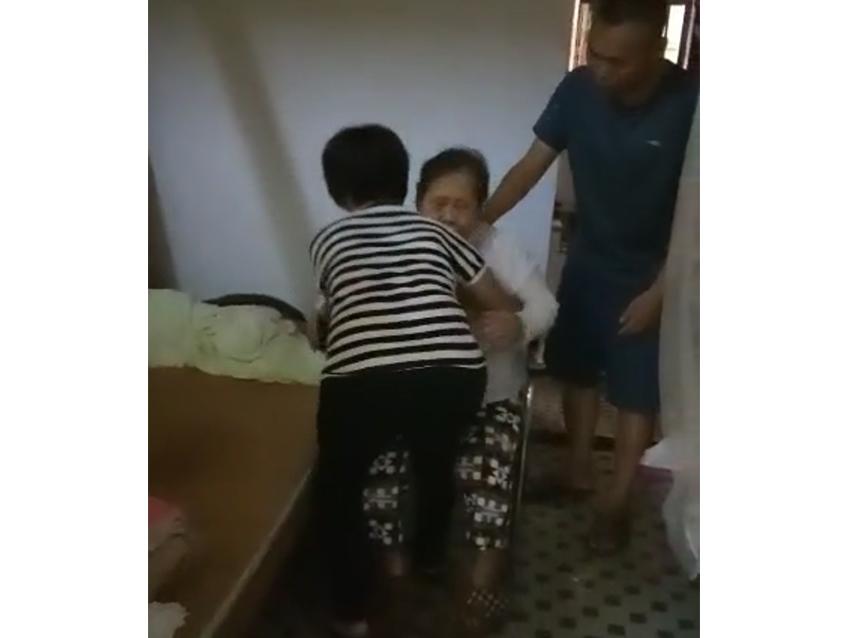 广州家政公司老人护理,给失能老人予家人般的照料。